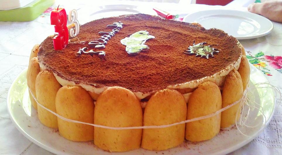 Tarta de natillas de chocolate con bizcochos La Filo